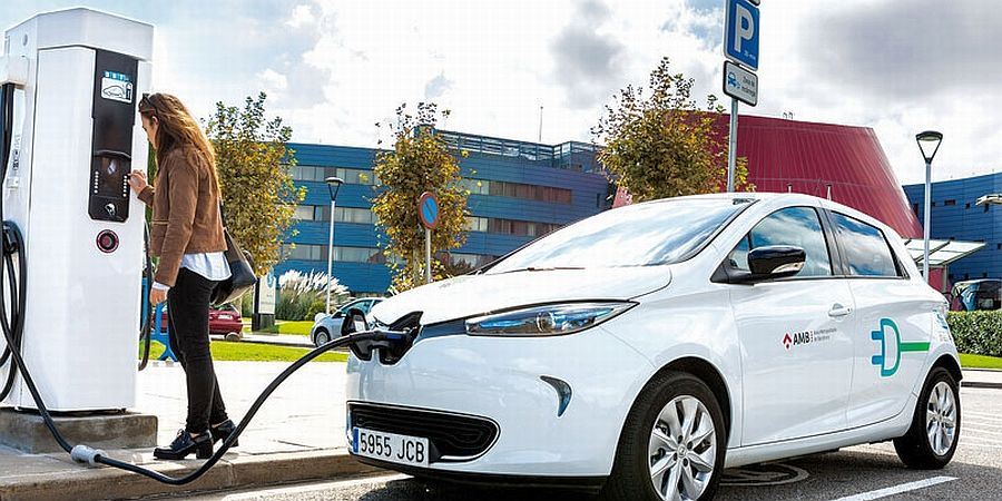 Hybrid and electric transport